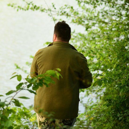 Lov ze břehu